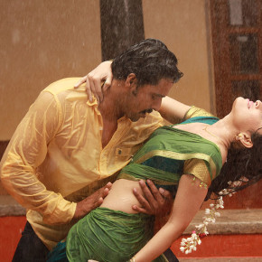 Aal-Tamil-Movie-Stills-122h00003262013h