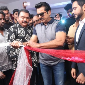 actor-sarathkumar-launched-flux-fitness-spa-saloon-13