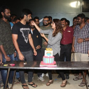 Actress Nayanthara Celebrated Her Birthday In The Sets Of Imaikkaa Nodigal