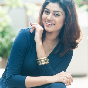 Actress-Oviya-Latest-Stills-1