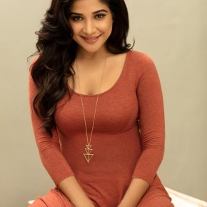 Actress Sakshi Agarwal Photos Gallery