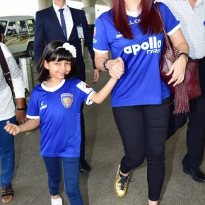 Adorable pictures of Aishwarya Rai Bachchan with daughter Aaradhya Bachchan