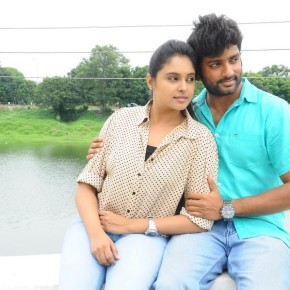 Arthanaari-Movie-Photos-2