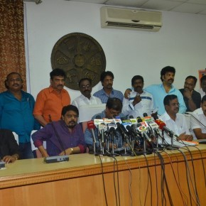 director-union-press-meet-gallery-10