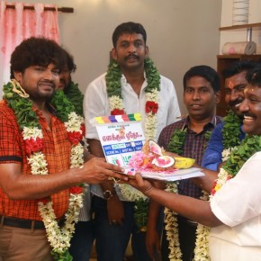 Enakkul-Eatho-Movie-Launch-Stills-1
