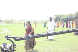 Keluthi-Movie-Working-Stills-8