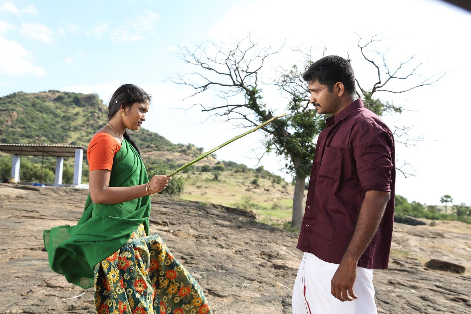 Kaatrodu kuzhalin video song | kodai mazhai tamil movie.