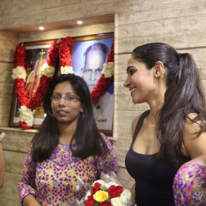 Mabyo-Fashion-Launch-by-Actress-Andrea-Jeremiah-13
