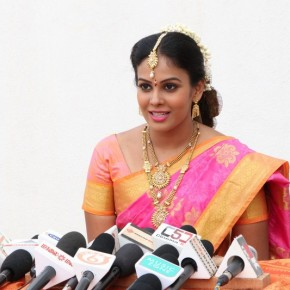 Mannar Vagaiyara Movie Press Meet Photos (15)