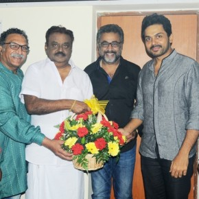 Nadigar Sangam Team Meet Vijayakanth (1)