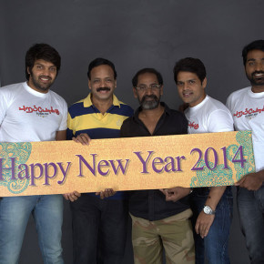 Poramboku-Team-New-Year-2014-Wishes-Stills-071b00001022014b