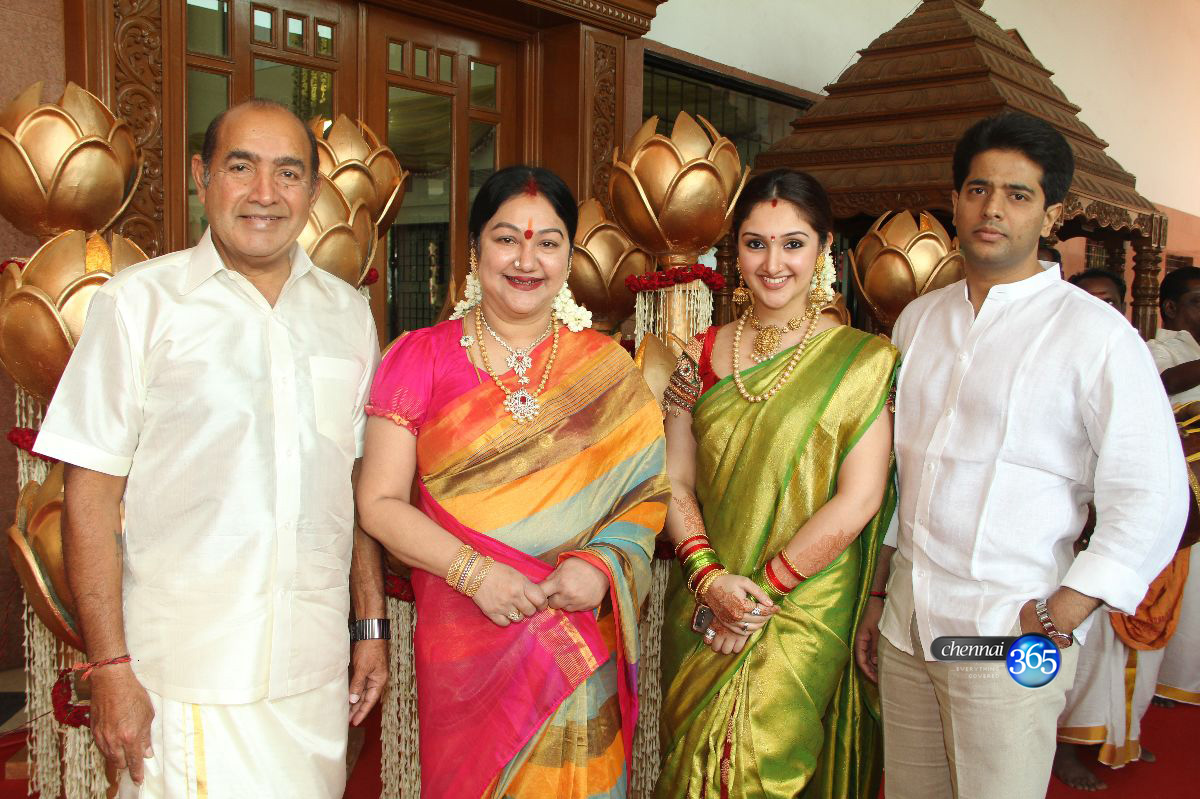 Chennai365 Celebrities At Prasanna And Sneha Wedding Pictures Stills