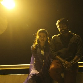 puriyaadha-pudhir-movie-stills-5