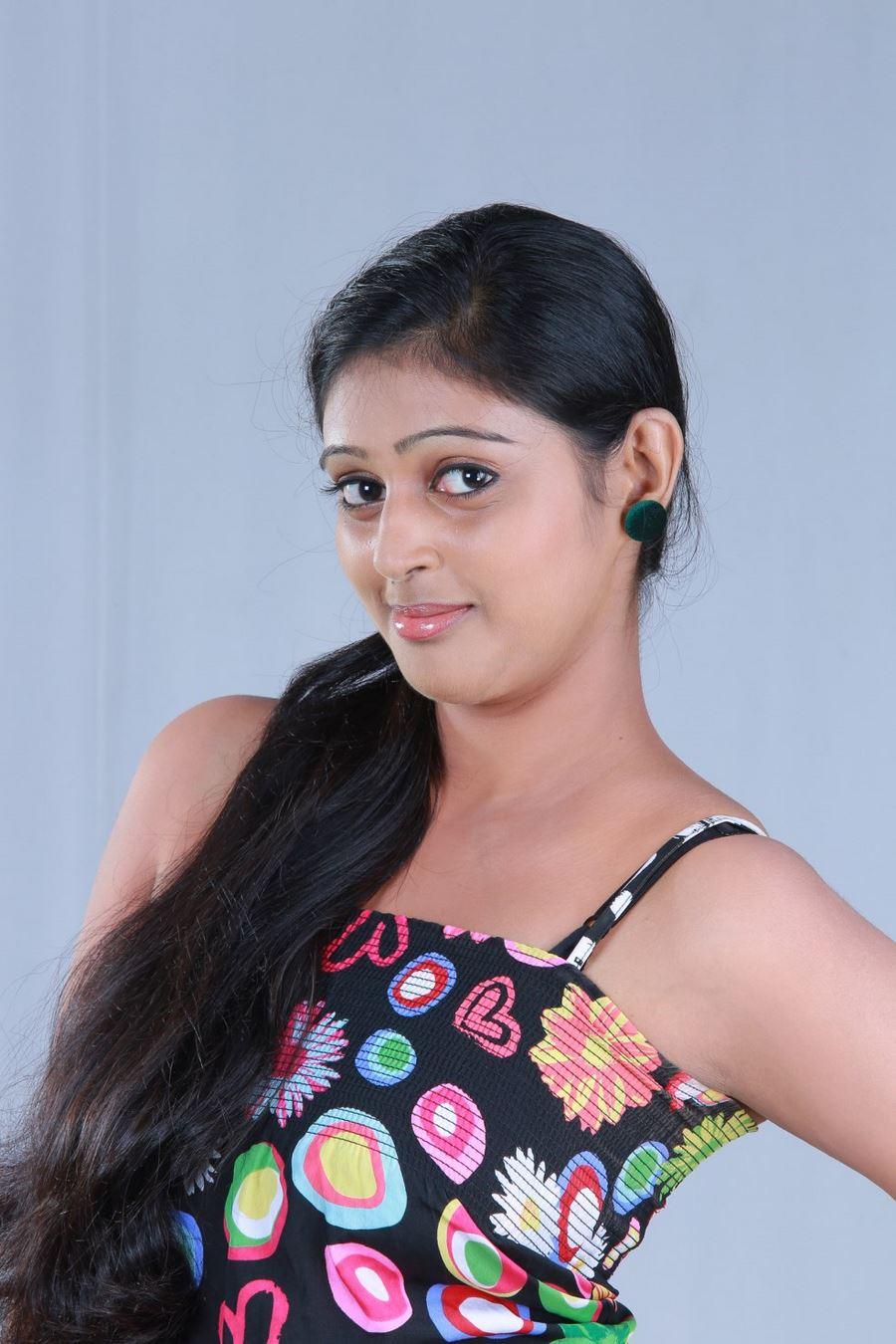 Chennai365 | Puthusa Naan Poranthen Movie Stills | Chennai365