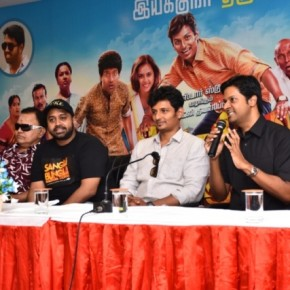 Sangili-Bungili-Kadhava-Thorae-Movie-Promotion-Stills-6