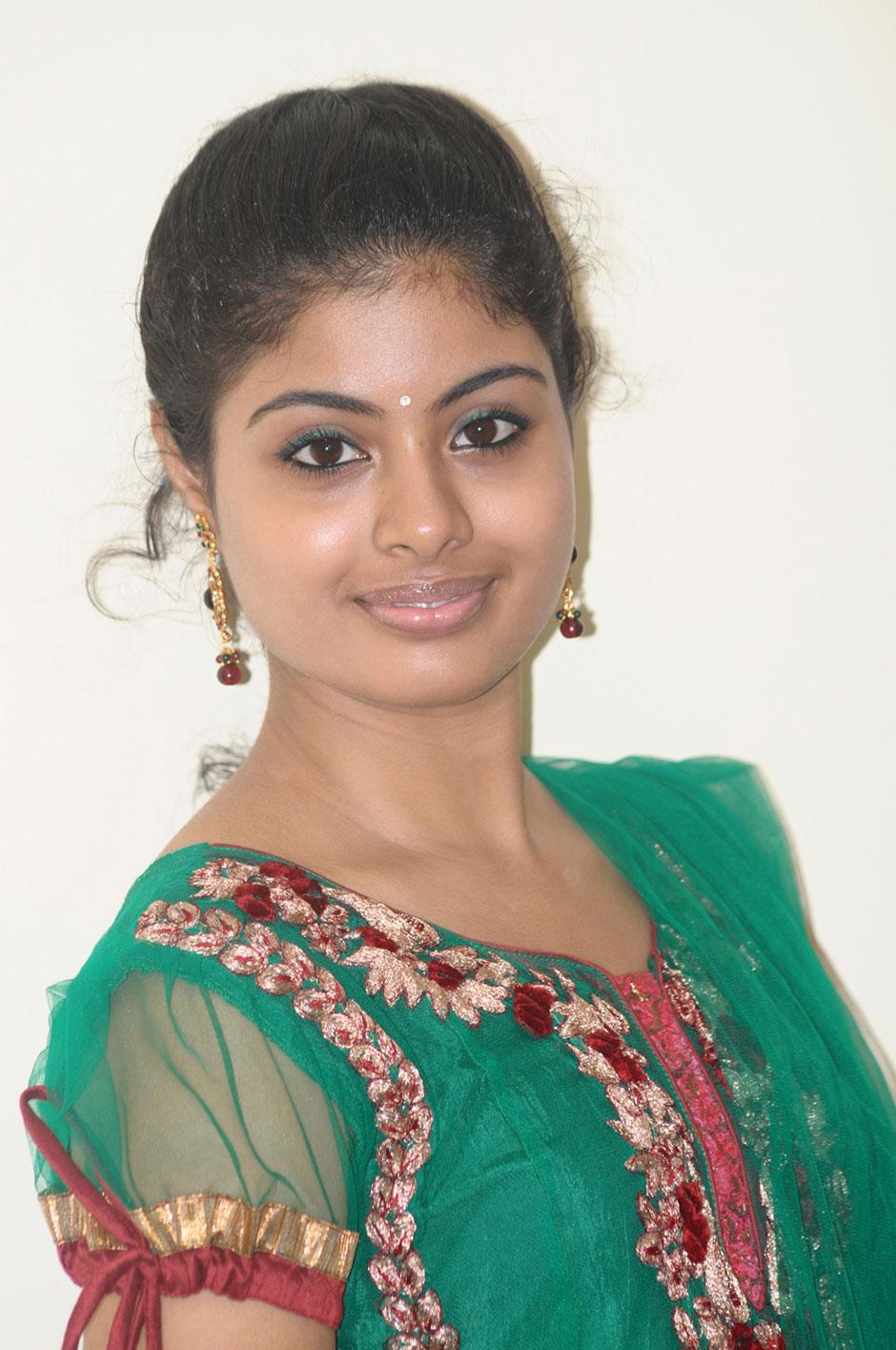 Chennai365 life of pi movie actress shravanthi sainath for Life of pi characters name