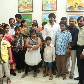 Sivakarthikeyan inaugurates RIOTS Art Exhibition  (5)