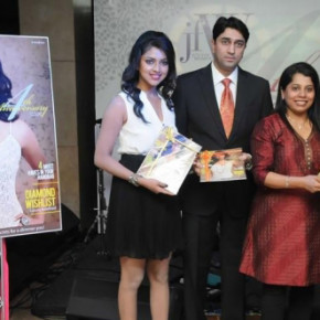 Sneha-and-Amala-Paul-at-JFW-Stills-004