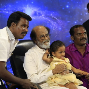 Superstar-Rajinikanth-Fans-Meet-Day-3-Photos-8