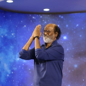 Superstar-Rajinikanth-Fans-Meet-Day-5-Photos-9
