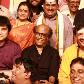 superstar-rajinikanth-at-ygms-kasethan-kadavulada-stage-_005